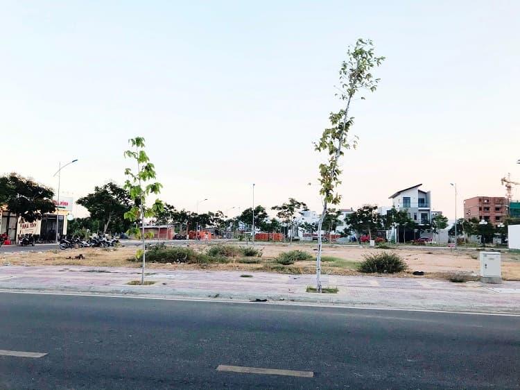 Cho thuê mặt bằng kinh doanh đường Cao Bá Quát khu K1