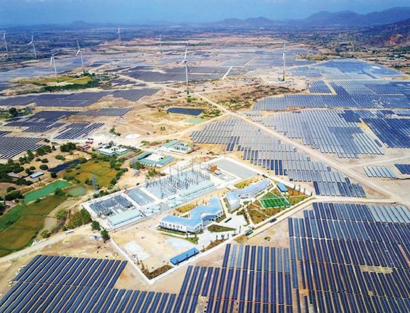 Điện mặt trời Trung Nam